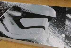 Рекламный щит, напечатанный WER-G2513UV широкоформатным ультрафиолетовым принтером